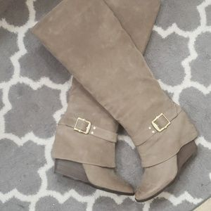 Wedge heel suede Vince Camuto boots